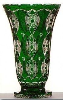 vase en cristal de boh me couleur verte. Black Bedroom Furniture Sets. Home Design Ideas